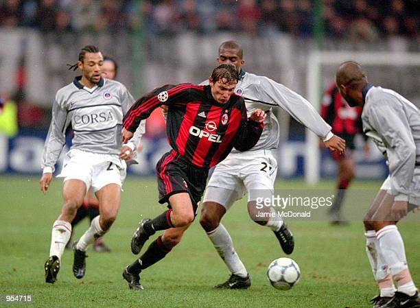 Leonardo of AC Milan runs through the defence during the UEFA Champions League Group B match against Paris St Germain played at the San Siro in Milan...