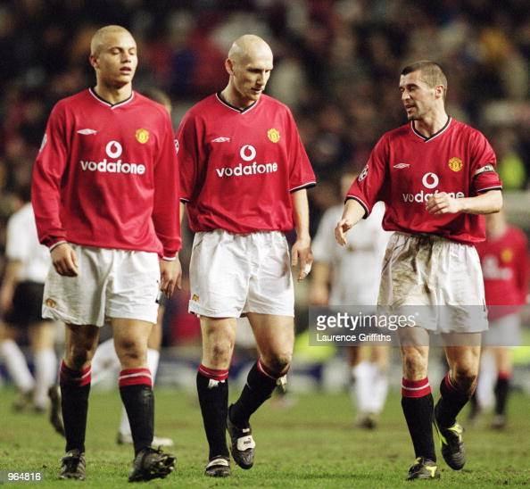 manchester united players wes brown jaap stam and roy keane reflect photo d 39 actualit. Black Bedroom Furniture Sets. Home Design Ideas