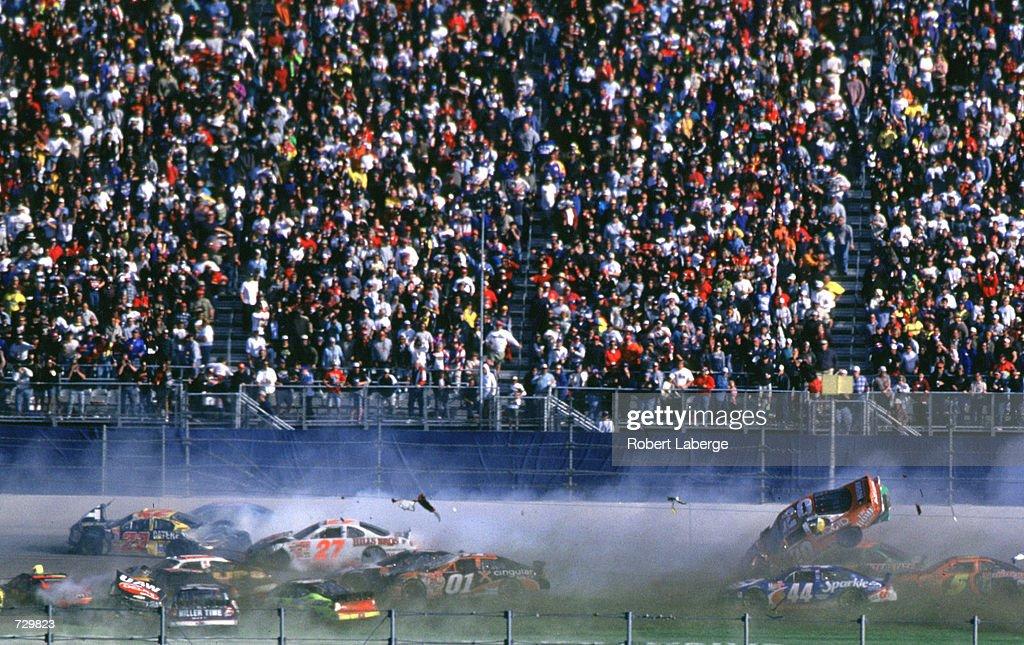 Daytona 500 Stewart : News Photo