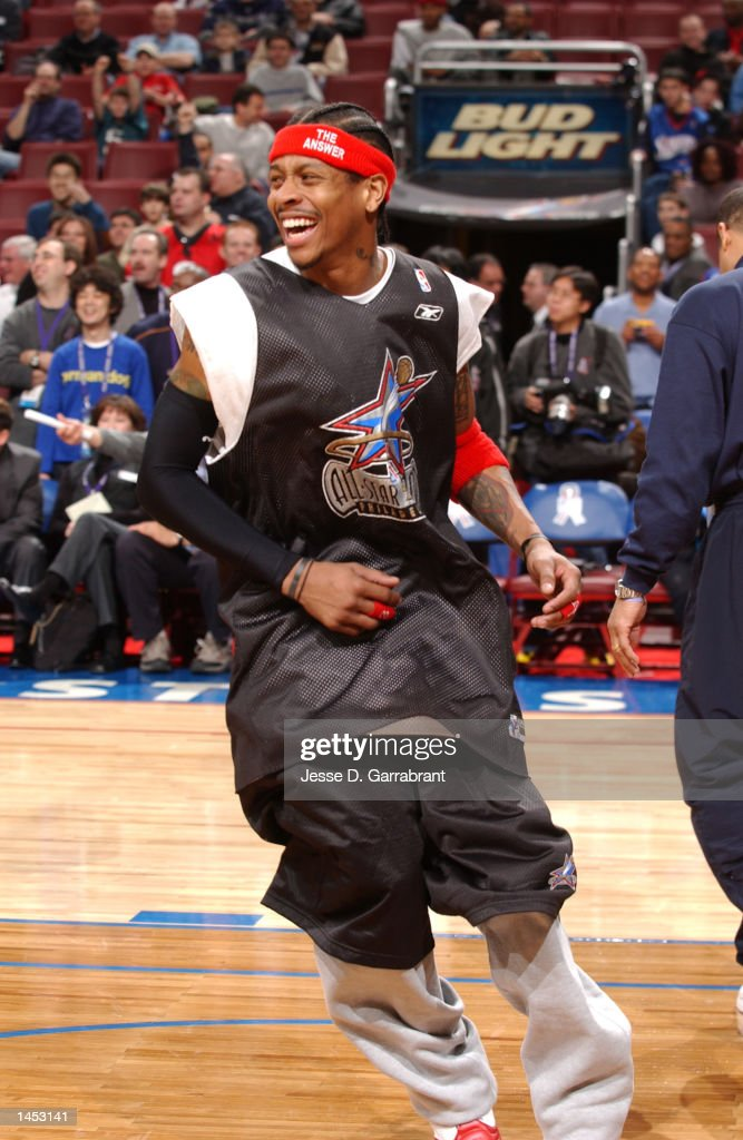 Allen Iverson #3 of the Philadelphia 76ers enjoys practice with the Eastern Conference All-Stars during All-Star weekend 2002 : News Photo