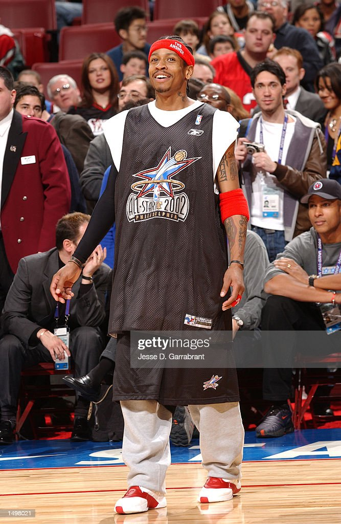 Allen Iverson #3 of the Philadelphia 76ers will wear Julius Erving's retired #6 for the Eastern Conference All-Stars during All-Star weekend 2002 : News Photo