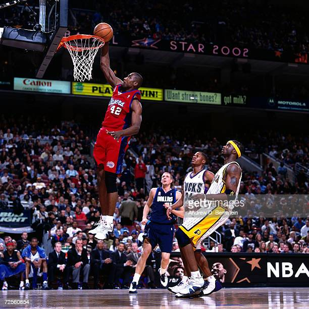 Elton Brand of the Los Angeles Clippers goes for a dunk during the 2002 NBA All Star Game at the First Union Center in Philadelphia Pennsylvania NOTE...