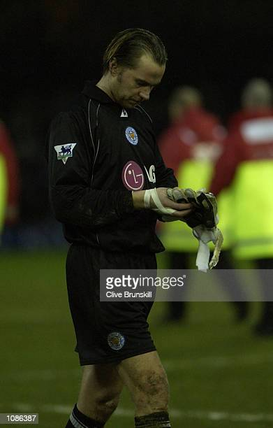 Leicester goal keeper Ian Walker leaves the pitch after his team suffered a 32 defeat to Chelsea during the FA Barclaycard Premiership match between...