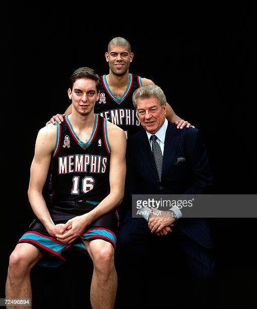 Shane Battier and Pau Gasol of the Memohis Grizzlies pose for a portrait with Chuck Daly during the 2002 NBA All Star Weekend at the First Union...