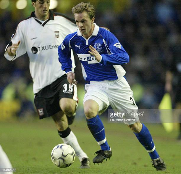 Tobias Linderoth of Everton and Sixto Peralta of Ipswich during the FA Barclaycard Premiership game between Everton and Ipswich Town at Goddison Park...