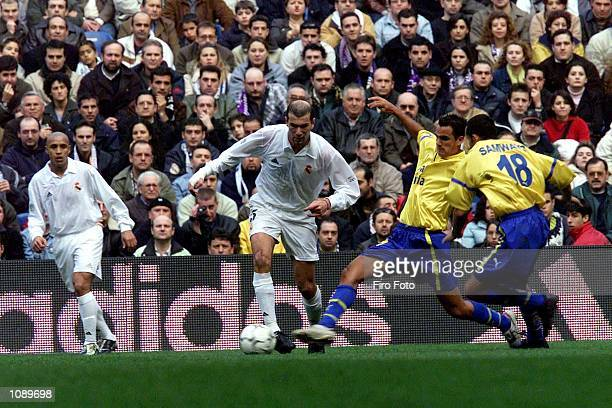 Zinedine Zidane of Real Madrid in action during the Primera Liga match between Real Madrid and Las Palmas played at the Santiago Bernabeu Stadium...