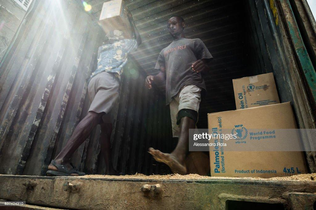 Daily Life at the World Food Program, Mombasa, Kenya : News Photo