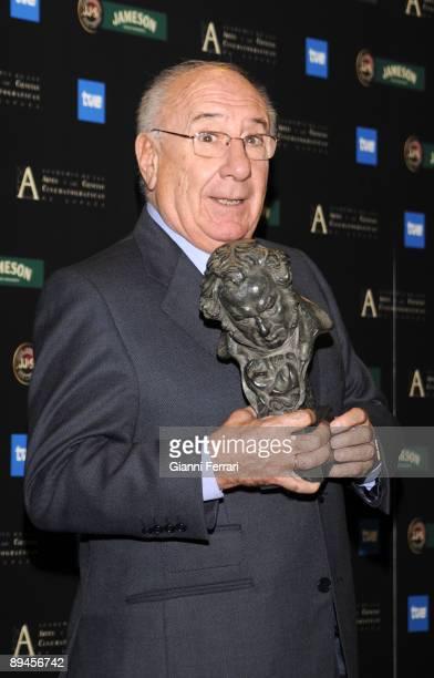 February 03 2008 Palacio de Congresos Madrid Spain Spanish Film Academy Goya awards ceremony The actor Alfredo Landa Honour Goya award