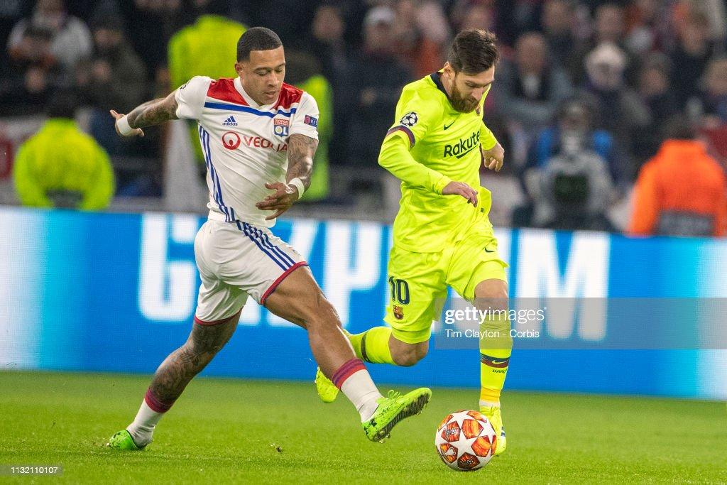 Lyon V Barcelona : News Photo
