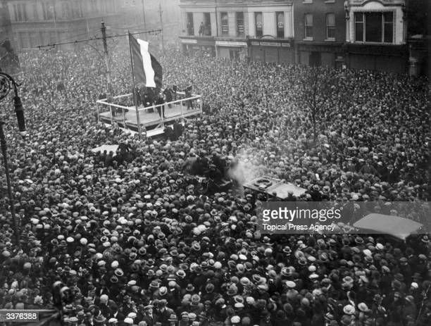 Irish nationalist leader Eamon de Valera addressing a crowd at a public rally at O'Connell Street in Dublin