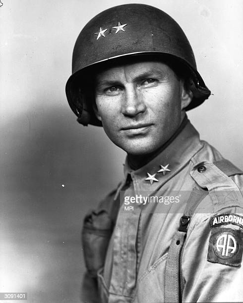 Major General James Gavin the commander of the 82nd Airborne Division