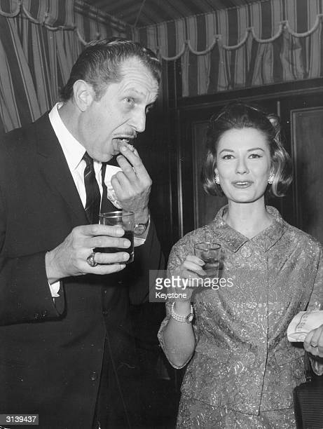 At a cocktail party before the start of a film in which they both star dark voiced actor Vincent Price with actress Emma Danieli He plays Dr Robert...