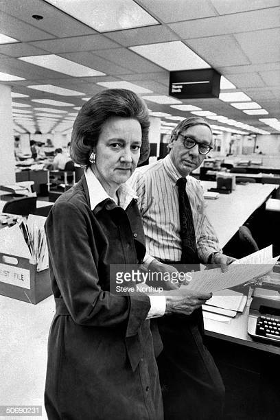 Washington Post publisher Katharine Graham w managing editor Howard Simmons in the newsroom