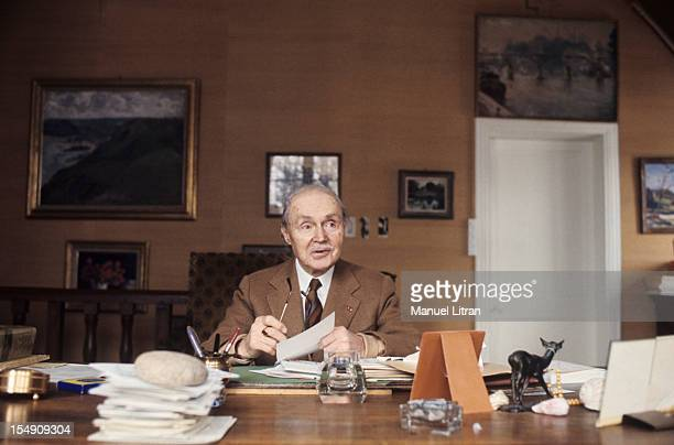 February 1976 the writer Maurice GENEVOIX in her house 'Vernelles' in SaintDenisThe Hotel in Sologne Maurice GENEVOIX has his office