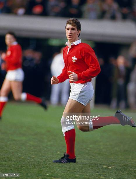 07 February 1987 Paris 5 Nations Rugby France v Wales Welsh centre John Devereux