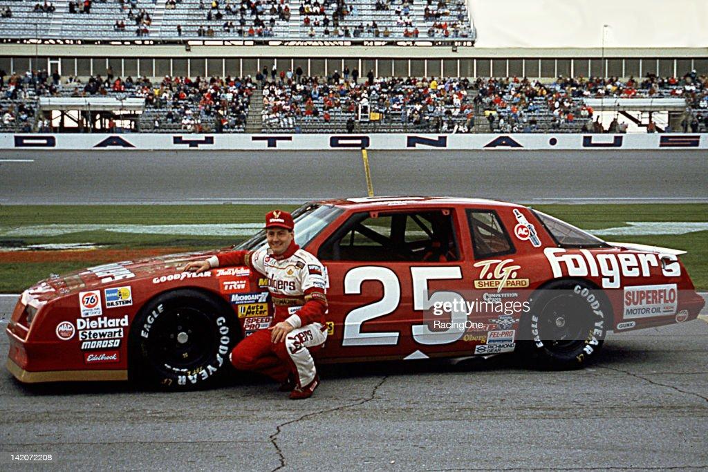 Ken Schrader - NASCAR 1988 : News Photo