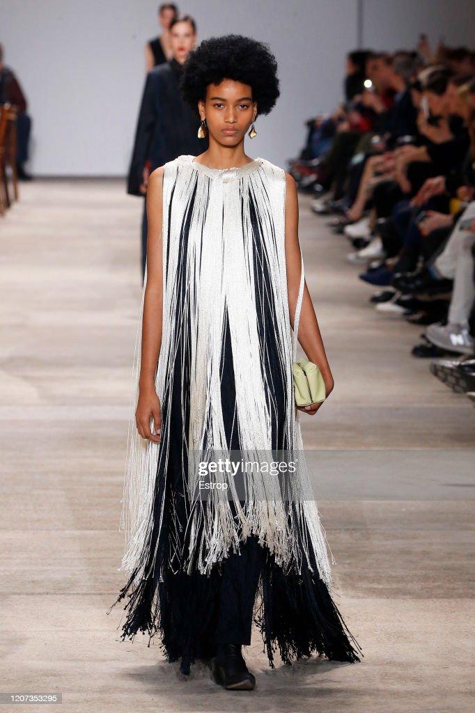Jil Sander  - Runway - Milan Fashion Week Fall/Winter 2020-2021 : ニュース写真