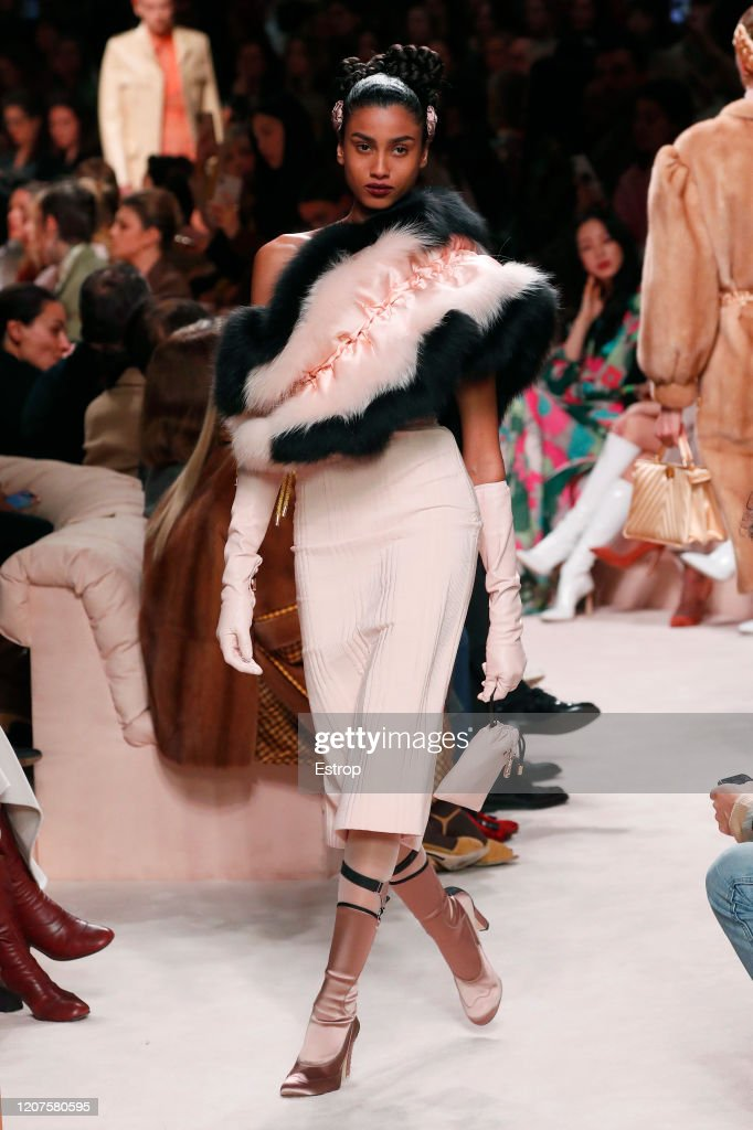 Fendi - Runway - Milan Fashion Week Fall/Winter 2020-2021 : ニュース写真