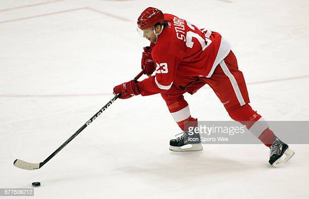 Detroit Red Wings defenseman Brad Stuart skates the puck in the second period of the Los Angeles Kings at Detroit Redwings NHL hockey game at Joe...