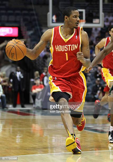 Houston Rockets guard Trevor Ariza moves the basketball up court against the Milwaukee Bucks in the third quarter of a NBA game at the Bradley Center...