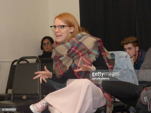 February 2017, USA, Los Angeles: German actress and acting coach, Nina Rausch, speaks to students during one of her acting classes. Photo: Barbara...