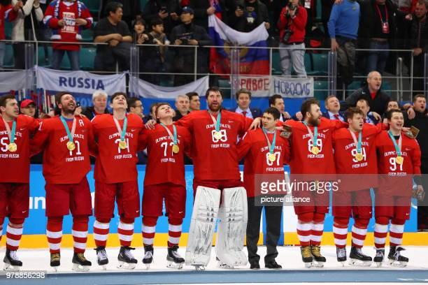February 2018, South Korea, Gangneung - Olympics, Ice Hockey, Men's Final, OAR vs. Germany, Gangneung Hockey Centre: The team of Olmypic Athletes...