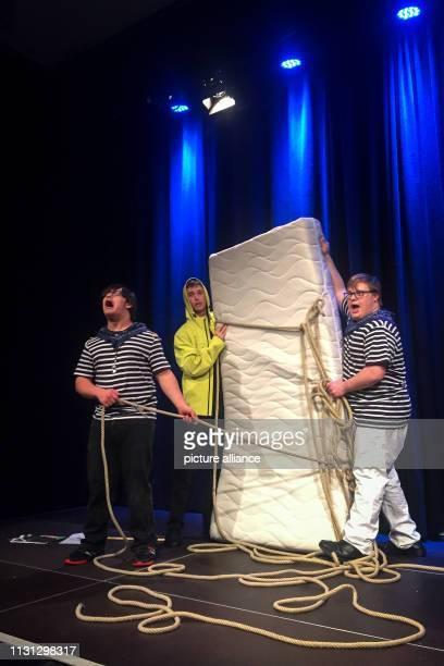 "February 2019, Bavaria, München: Dennis Fell-Hernandez , Thomas Nissl and Benjamin Plinta play ""Sturm"" after William Shakespeare at the ""Werkschau..."