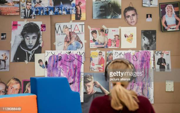 In the exhibition 'Hyper A Journey into Art and Music' in the Deichtorhallen works of the photographer and video artist Phil Collins in which the...