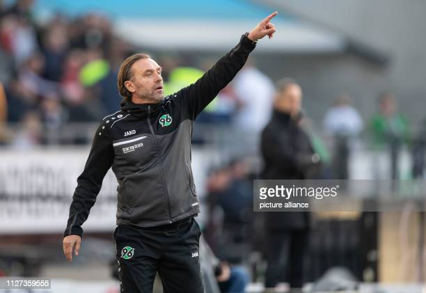 Soccer Bundesliga Hannover 96 Eintracht Frankfurt 23rd matchday in the HDIArena Hanover coach Thomas Doll gestures on the sidelines Photo Swen...
