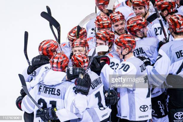 26 February 2019 North RhineWestphalia Düsseldorf Ice hockey DEL Düsseldorfer EG Kölner Haie main round 38th matchday in the ISS Dome Cologne's team...