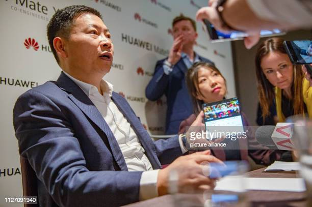 Huawei manager Richard Yu demonstrates the group's new foldable smartphone called Mate X at the Mobile World Congress Just a few days after Samsung...