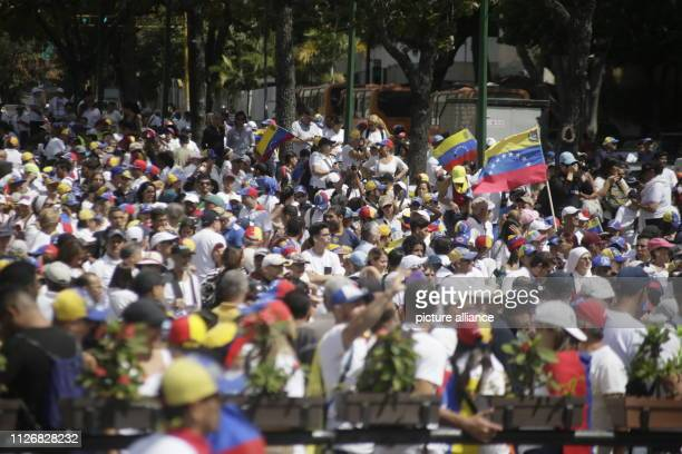 Demonstrators gather in a square near a military base to support humanitarian aid operations Photo Rubén Sevilla Brand/dpa