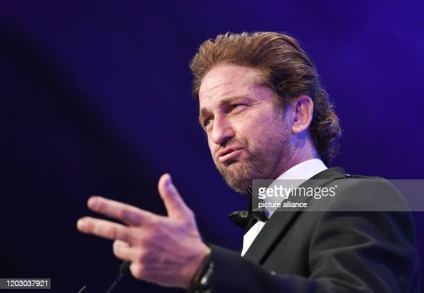 70th Berlinale Cinema for Peace Gala Actor Gerard Butler The International Film Festival takes place from 2002 to Photo Jens...