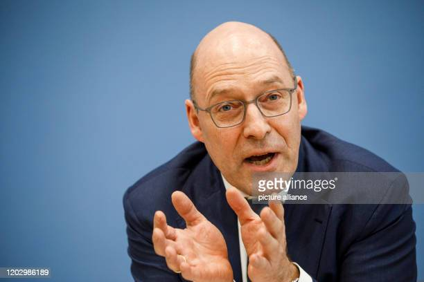February 2020, Berlin: Alexander Wolf , Co-Chairman of the AfD-Bürgerschaftsfraktion in Hamburg, speaks to journalists at the Federal Press...