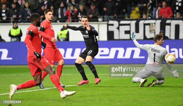 Football Europa League Eintracht Frankfurt RB Salzburg knockout rounds intermediate round first leg in the Commerzbank Arena Frankfurt's Filip Kostic...