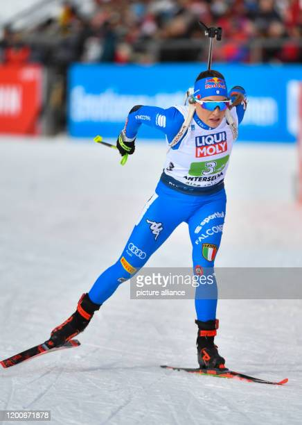 Biathlon World Championship mixed relay 2 x 6 km 2 x 6 km Dorothea Wierer from Italy on the track Photo Hendrik Schmidt/dpa