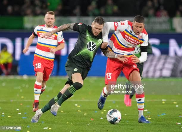 23 February 2020 Lower Saxony Wolfsburg Football Bundesliga VfL Wolfsburg FSV Mainz 05 23rd matchday in the Volkswagen Arena Wolfsburg's Daniel...