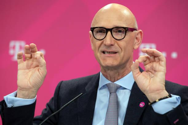 DEU: Deutsche Telekom - Annual Figures
