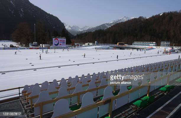 February 2021, Bavaria, Oberstdorf: Nordic skiing: World Championship, cross-country skiing training, women/men. Athletes train in the cross-country...