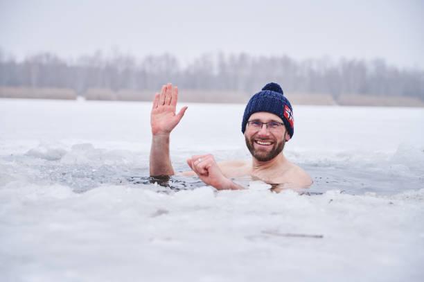 DEU: Winter Weather - Ice Bathing In Berlin