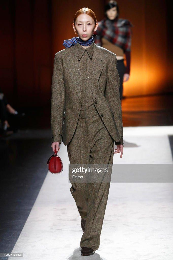Tod's - Runway - Milan Fashion Week Fall/Winter 2020-2021 : News Photo