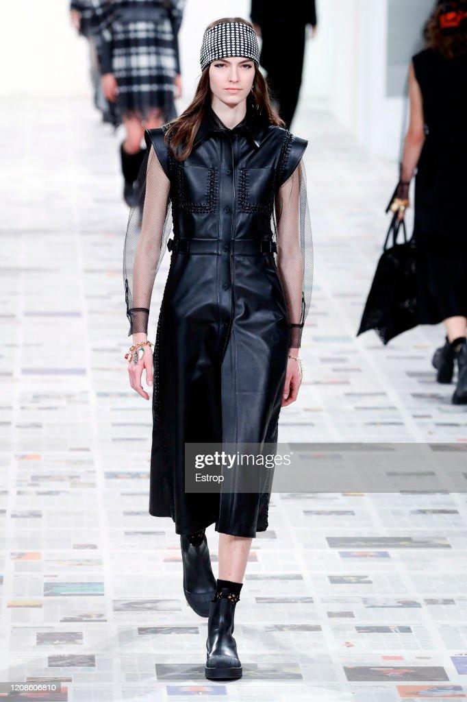 Dior : Runway - Paris Fashion Week Womenswear Fall/Winter 2020/2021 : Foto di attualità