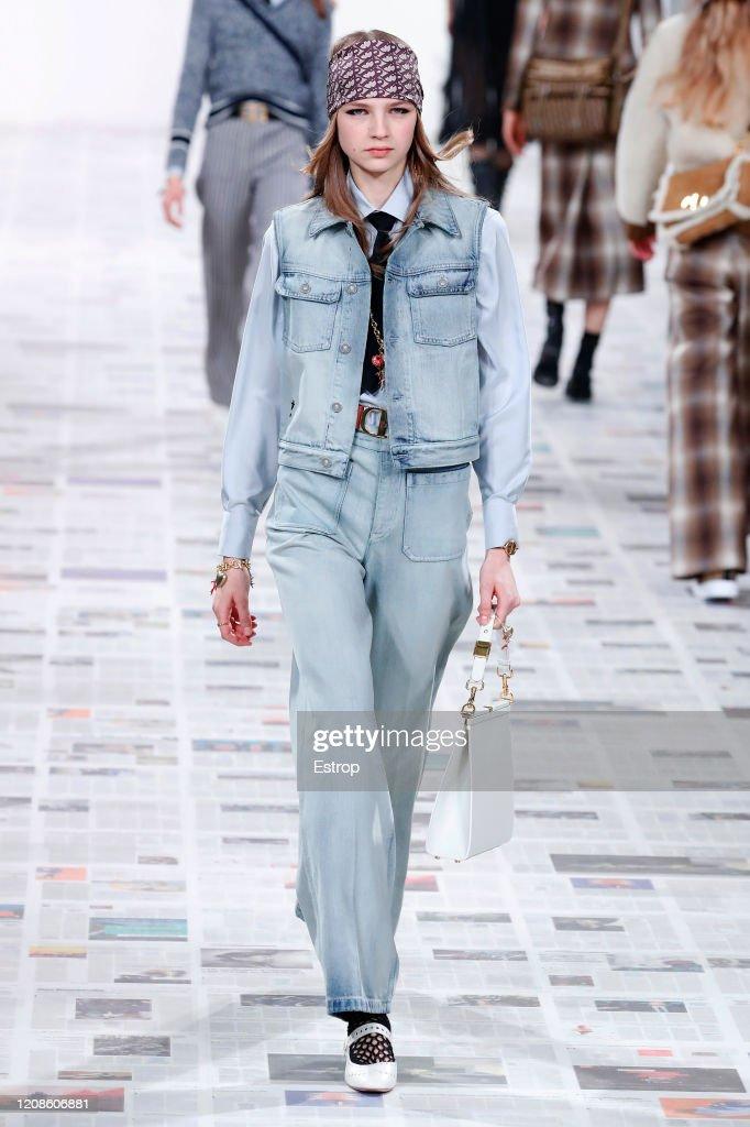 Dior : Runway - Paris Fashion Week Womenswear Fall/Winter 2020/2021 : ニュース写真