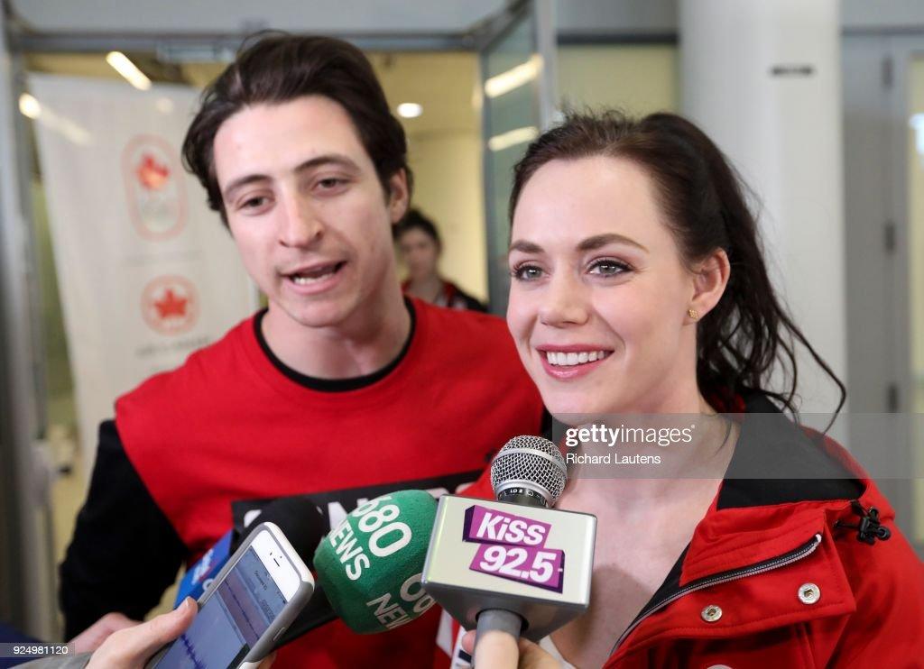 Olympians return home : News Photo