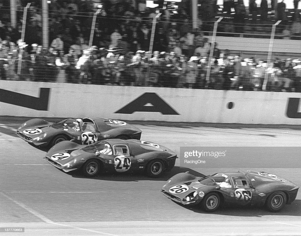 1967 24 Hours of Daytona - Ferrari Finish : News Photo