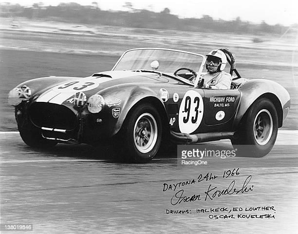 Shelby Cobra Stock Fotos Und Bilder Getty Images