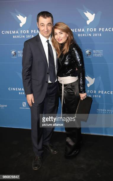 Berlinale Cinema for Peace in the Hotel de Rome The politician Cem Ozdemir of the Alliance 90/The Greens with his wife Pia Maria Castro The award...