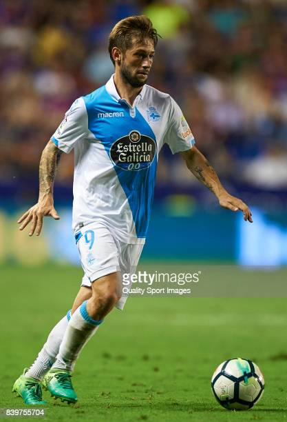 Fede Cartabia of Deportivo in action during the La Liga match between Levante and Deportivo La Coruna at Ciutat de Valencia on August 26 2017 in...