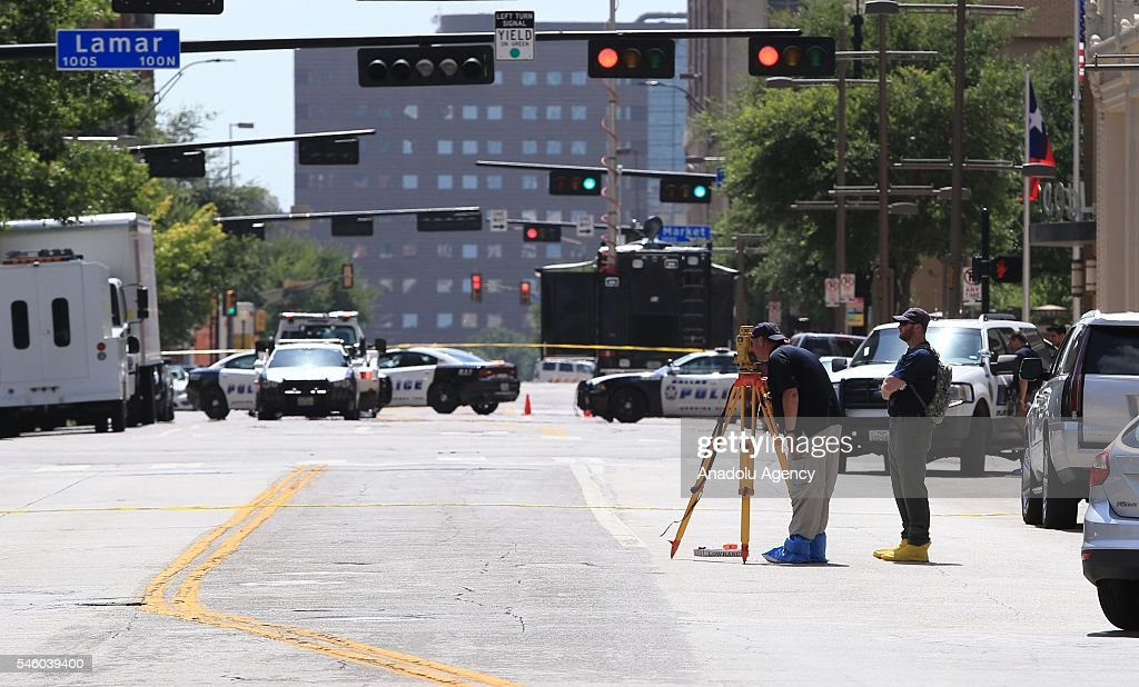 Dallas Mourns Killings Of Five Police Officers : News Photo