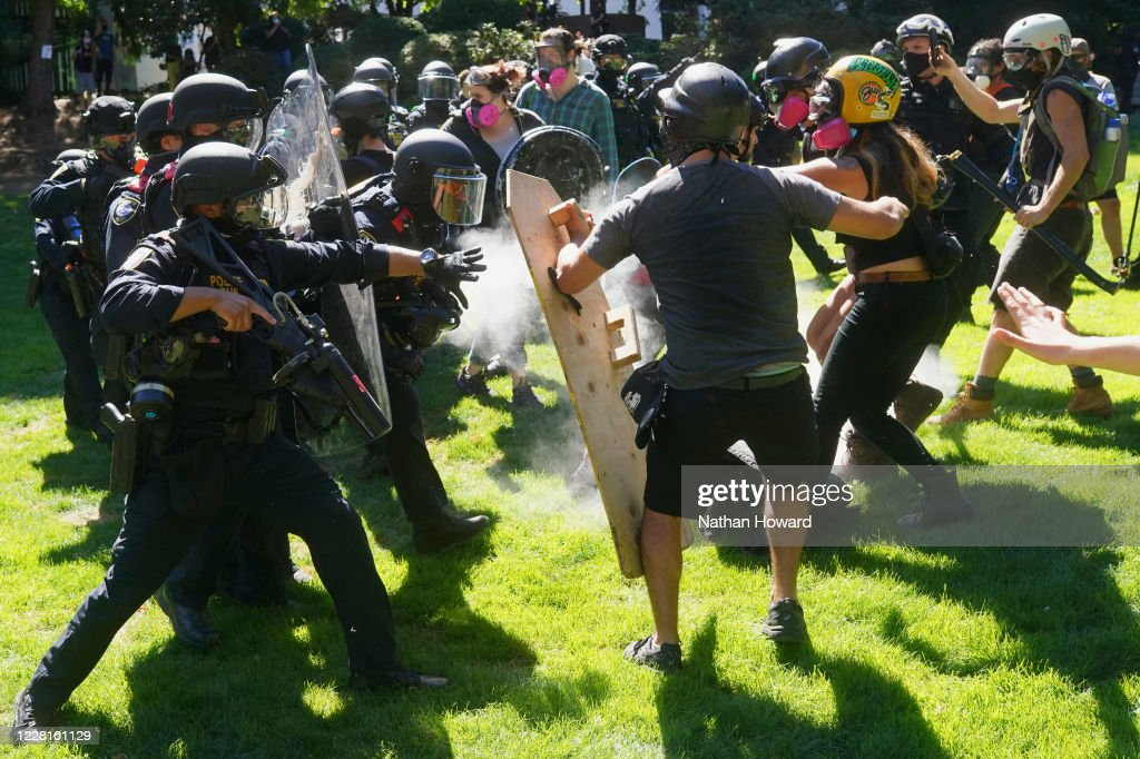 Right Wing Groups Clash With Portland Anti-Police Protesters : News Photo